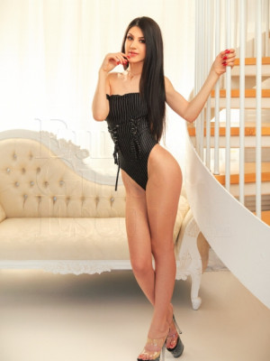 Girl Escort Anna & Call Girl in London