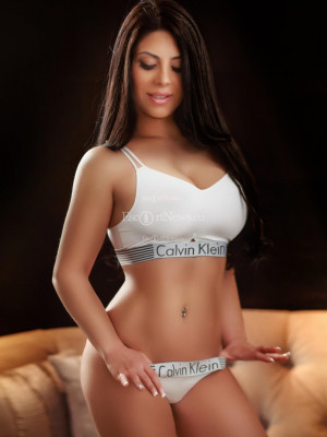 Girl Escort Sally & Call Girl in London